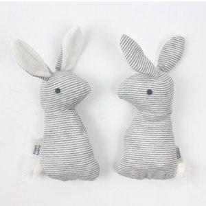 Bella crepitio del bambino gioca il coniglio sveglio campane a mano peluche Giocattoli bambino che gioca regalo di Natale peluche Bunny bambola bambini Rattle Toy M2030