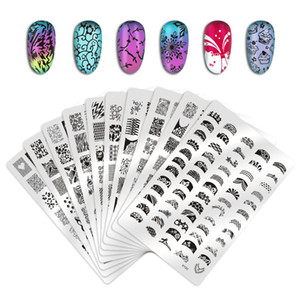 Biutee Nail Stamping Plates Modello Lace Flower Animal Pattern Nail Art Timbro Stamping Image Plate Stencil Nails Strumento