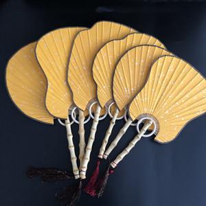 Goldgelb-DIY-Reis-Papier Blank Fan Traditionelles Handwerk Chinesischer Handventilator Weinlese Bambuswurzel Laterne Begonia Banana Runde Fan