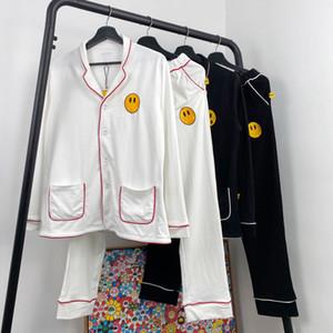 20SS мультфильм Симпатичные вышивки Tracksuit пижамы Установить Жакеты Брюки Мужчины Женщины моды пижамы костюм Спортивная одежда, ночные рубашки HFYMTZ035