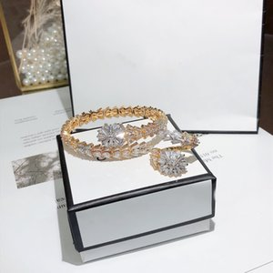 Hot Sale Fashion Brand Jewelry Sets Lady Brass Ladder Square Diamond Snakelike 18K Gold Wedding Engagement Open Bracelets Rings Sets (1Sets)