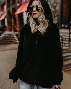 Mulheres Designer Brasão hoodies Casual Sólidos Brasão Cor manga comprida Moda Velvet camisola Coats Jacket