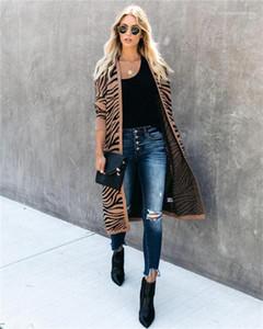Fashion Cardigan Lange Kniter lange Hülsen-beiläufige Herbst-Strickjacke Coats Wellenmuster Designer Womens Sweater Luxus