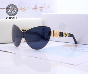 Mode féminine Nouveau surdimensionné Lunettes de soleil carrées Hommes 2019 Marque de luxe Rimless Des lunettes de soleil femmes coupe-vent Visor Lunettes Lunettes UV400 W87