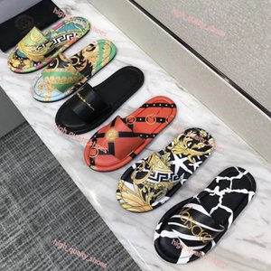 Versace slippers I nuovi uomini pantofole 3D con stampe Sandali diapositive, Beach Flip Flops per Uomo Pursuit Pool Slides pantofole stampa Xshfbcl pantofole Size 35-44