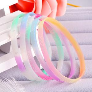 Silikonarmband Süßigkeiten Farbbrief Sport Armband Rainbow Printed Gummi Armband Party Favor Werbegeschenke 10pcs / lot FFA3603