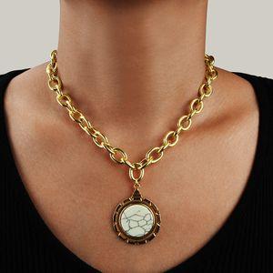 Versátil sencillo collar exagerado para mujer Accesorios personalizada gruesa cadena de la aleación Collares niñas de clavícula Cadenas Tide Gargantilla