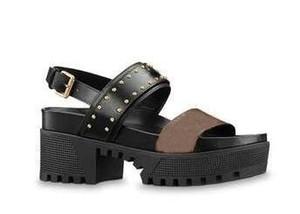 ÜCRETSIZ NAKLIYE 20 yaz seksi kadın yüksek topuk sandalet siyah pu deri ile kalın topuklu burnu açık bayanlar platformu sandalet düğün ayakkabı