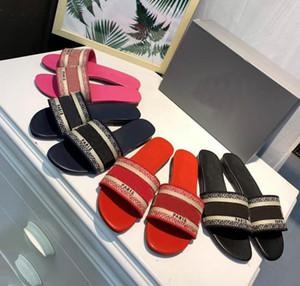 Kadınlar Paris Yaz Kauçuk Plaj gündelik Terlik Slayt çevirme Bayanlar loafer'lar Deri Baskı boncuk nakış Terlik ayakkabı flop