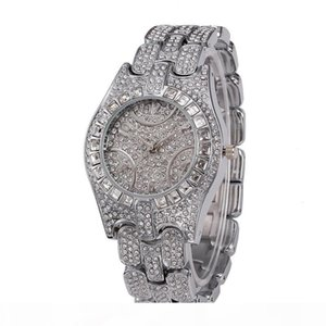 New Arrived Womens Luxury Designer Watches Gold Silver Color Plated Iced Out Full Rhinestone Quartz Watches