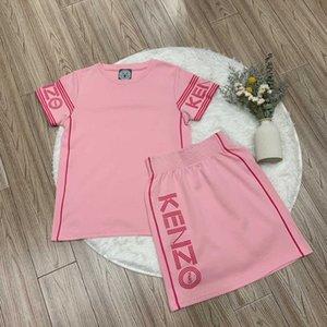 Designer femmes deux pièces robes T-shirt New Arrival + Robes Ensembles Marque Femmes costumes deux pièces avec lettre imprimée YF203252