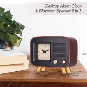 الرجعية إنذار الساعات سماعات بلوتوث، أرقام رومانية الصامت خشبي التناظرية على مدار الساعة سطح المكتب W / قابلة للشحن ستيريو HD الصوت Wireles