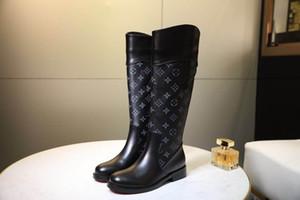 Ginocchio Genuine Leather Kelly Fibbie donne di alta Boots diritte Black Grey Brown signore Martin Stivali Appartamenti Tacchi design di lusso crusca yd190903