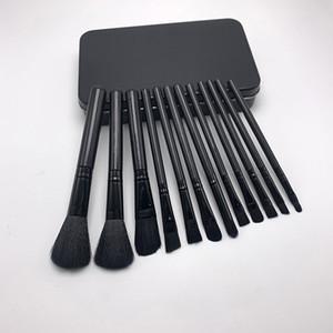 Yüksek kalite M Makyaj Fırçalar 12 adet / takım Profesyonel Göz Farı Fırçası Seti Pudra Fondöten Güzellik Araçları Kozmetik Fırça Kitleri Perakende kutu