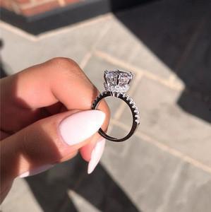 Top Nouveaux Bijoux de luxe 925 Cut ronde en argent sterling 8MM Topaze blanc éternité Parti femmes mariage bande Crown Diamond Ring pour les amateurs de cadeau