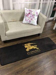 Alfombra rectangular de diseño de marca 3 alfombras de piso de cocina de gama alta Moda BU Carta Imprimir Sofá Cojín lateral