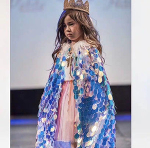 Meninas Cosplay Princesa Cloak Sequins colorido da festa de Halloween do Cabo Mantillas Mermaid Cosplay Cape Props 07