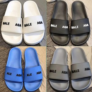 Paris 2020 Sliders Mens Womens Verão Sandals Praia Chinelos Ladies dos falhanços Loafers Preto Branco Azul Slides Chaussures Shoes