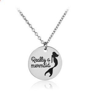 Davvero una collana a sirena per la figlia Lettera creativa sirena Collane Pendenti Coda di pesce gioielli Collana lettera collana MOQ 30 pz