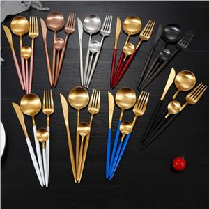 Portugal Vajilla Occidental Cuchillería de acero inoxidable Juego de cuchillos Tenedor Cuchara Té Cubiertos Conjuntos Western Dinner Cutleries Regalo