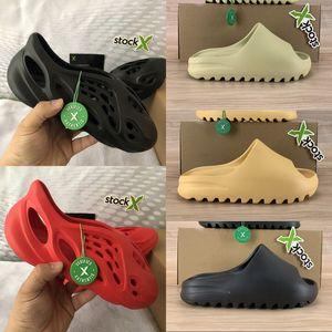 Nuova schiuma corridore sandalo tripla nero bianco resina osso sabbia del deserto uomini donne diapositive di design di lusso infradito sandali Stati Uniti 5-11
