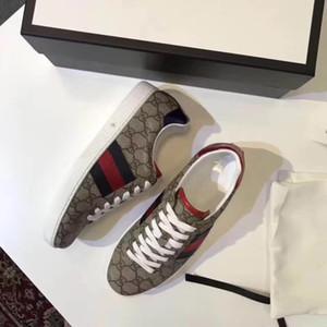 2020 de alta calidad de los nuevos zapatos de lujo de diseño bordado de cuero del diseñador para hombre de la zapatilla de deporte Marca Zapatos planos ocasionales Calzado deportivo libre del envío