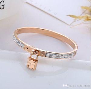 High Grade or Tone Lock Bangle Bracelets luxe femmes Charms Bracelets diamant Bracelet Designer Fashion Bijoux Saint Valentin cadeau