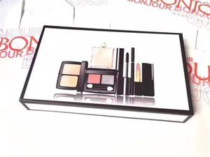 Jogo da composição 5pcs 6pcs Perfume Matte Lipstick Delineador Mascara Pó Eyeshadow 6 em 1 Mulheres Cosméticos Kit com caixa