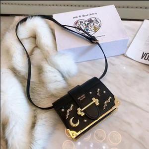 Damentaschen Dame Designer Tropfenverschiffen Handtaschen Top-Qualität Art und Weise berühmte Frau lässige Taschentasche PU-Leder-Handtaschen Geldbeutel Umhängetasche 14