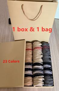 Con la caja cuadrada bolsa de papel de 2.019 mujeres de lujo de Bufandas Chales la manera del invierno 100% bufanda de la cachemira clásico Compruebe la tela escocesa de las bufandas de las mujeres de los hombres
