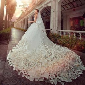 꽃 성당 기차 레이스 새해 화려한 화이트 웨딩 드레스 2020 새로운 골치 아픈 빛나는 크리스탈 얇은 명주 그물의 럭셔리 웨딩 드레스