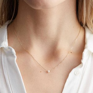 Pearl Necklace Long Chain Necklace for Women Dainty Stainless Steel Imitation Pearls Pendant Statement Choker Couple