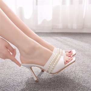 9 cm square sandals slippers wine cup heel fashion temperament women's shoes white square sandals women flower shallow mouth shoes
