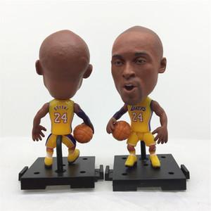 Soccerwe PVC 2,55 pulgadas muñeca estrella de baloncesto base de montaje 24 # Kob Estatuilla 3 tipos kits para la Navidad de cumpleaños regalo de los niños