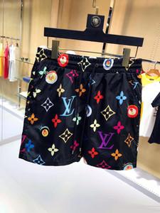 2019ss nuevos cortocircuitos de los hombres de lujo ocasionales de serpiente patrón de flores cortocircuitos de la natación de los hombres del bordado de la calle de moda los pantalones de la playa de la medusa