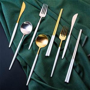 El oro blanco de la boda Cuchara Tenedor Cubiertos Cuchillo mango de plata 18 8 cubiertos de acero inoxidable Vajilla Vajilla