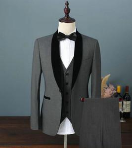 جديد شعبي زر واحد رمادي غامق العريس البدلات الرسمية شال التلبيب الرجال حفل زفاف رفقاء العريس 3 أجزاء الدعاوى (سترة + سروال + سترة + التعادل) k100