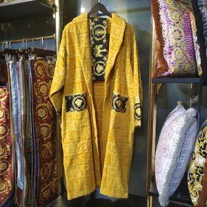Casa de lujo clásico albornoz de algodón mujeres de los hombres de la marca ropa de dormir kimono caliente del traje de baño del desgaste de baño unisex klw1739