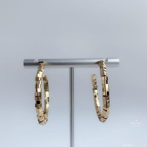 QIANJIAFU New GOLD RHODIUM Earrings Fashion Jewelry Earrings Wedding Party Gifts Female Accessories Good Quality