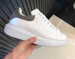 Diseñador de moda Zapatos casuales Mujeres Hombres Hombres Estilo de vida diario Skateboarding Zapato de lujo Plataforma para caminar Entrenadores Negro Glitter Shinny
