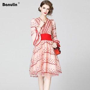 Banulin Modedesigner Runway Kleid Frühling-Sommer-Frauen Aufflackern-Hülsen-V-Ausschnitt Mesh-gestickten Blumen elegante Partei-Kleider