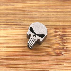 Titanio TC4 Punisher Skull Parachute Cord EDC Coltello Cordino Ciondolo Bead Catena chiave Testa a cerniera Accessori per esterni Strumento