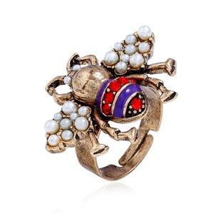 Оптово-европейских и американских ювелирных изделий взрыва Ювелирное стерео Insect кольцо Открытие Pearl Ring Bee