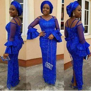 섹시한 로얄 블루 댄스 파티 드레스 나이지리아 V 넥 긴 소매 중동 여성 파티 가운 분할 레이스 칼집 레이스 아소 Ebi 공식적인 이브닝 드레스