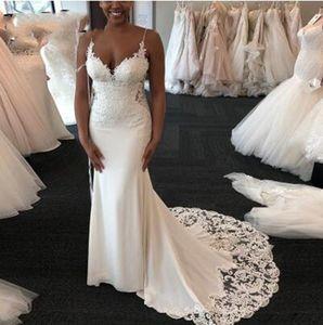African Mermaid Wedding Dresses Sexy Spaghetti Straps Criss Cross Back Bridal Gowns Lace Appliques Sweep Train Wedding Dress robes de mariée