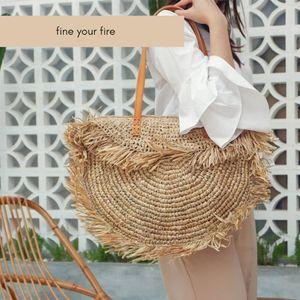 Bohemian rotonda della nappa delle donne di sacchetto della paglia Designer Spike Carta Rattan Borse a tracolla grande Casual borse estate della spiaggia tessuti delle borse