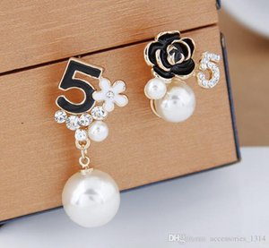 2019 new shelves Women Girls NO5 Flower Stud Earring Rhinestone Luxury Earring Famous Jewelry Gift for Love Fast Shipping