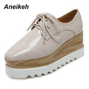 Aneikeh 2018 European Famous Brand Brogue sapatos de couro Mulher Primavera Oxford Plataforma sapatos de amarrar Creepers Bullock Flats SH190930