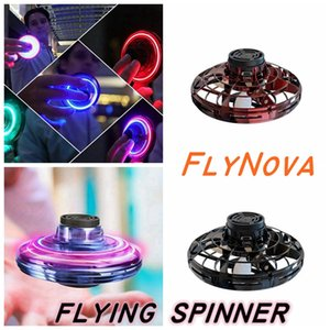 3 Flying Colors FlyNova UFO Spinner rattrapante Jouet enfants adultes portable LED volant Cônes pour réduire le stress LED Relax jouets volants CYZ1532