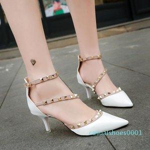 Rivet single stiletto high heels word buckle sandale designer sandal designer slides party shoes women sandals Studded pointed shoes AG22